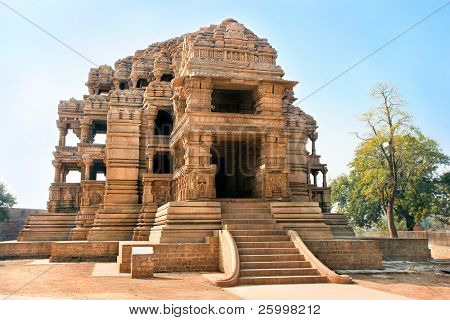 The beautiful Sasbahu, or Mother-in-Law and smaller Daughter-in-Law temples in Gwalior, Madhya Pradesh, India