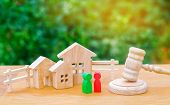 Clarification Of Ownership Of The House / Real Estate. Court And Division Of Property. Concept Of La poster
