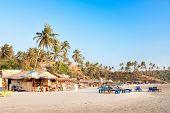 Постер, плакат: Панорамный вид на красивый тропический пляж Вагатор Гоа Индия