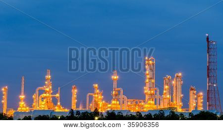 Scenic Of Petrochemical Oil Refinery Plant Shines
