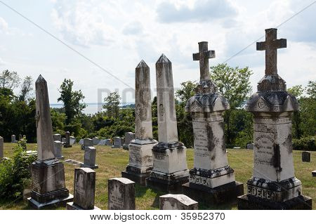 Graves At St Ignatius Church Maryland