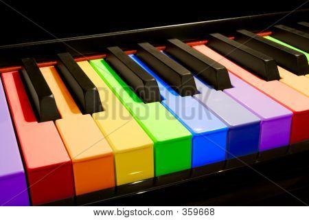 Teclas de Piano arco-íris