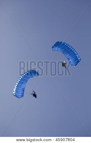 Parachute People In The Air