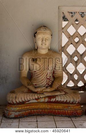 Small Grunge Buddha Statue