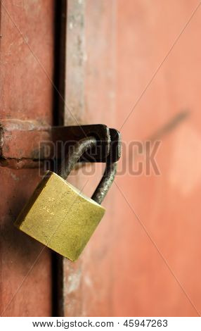 Closed Metal Lock Door Security Protection Padlock