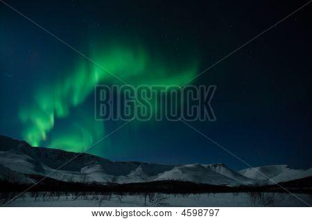 Aurora Polaris über Bergen