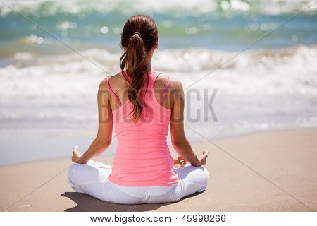 Meditating with the sound of waves