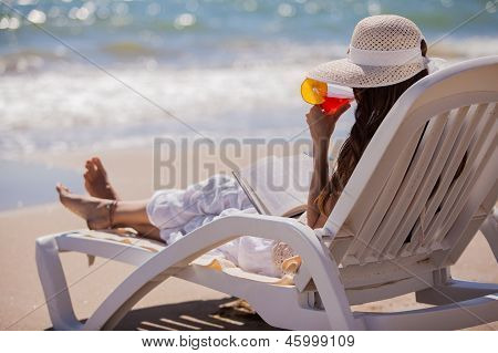Drinking cocktails at the beach