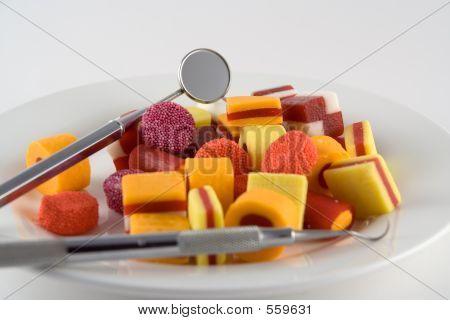 Süßigkeiten auf einem Teller