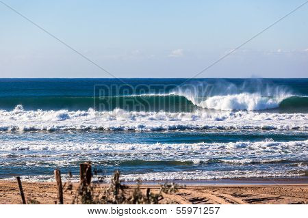 Ocean Waves Crashing Waters