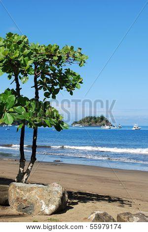 Bahia Coco beach