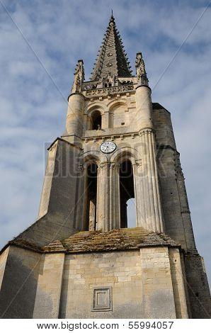 village of Saint-Emilion in Gironde