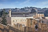pic of aqsa  - Along the walls of Jerusalem - JPG
