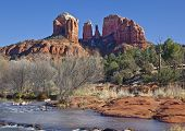 Постер, плакат: Cathedral Rock from Red Rock Crossing