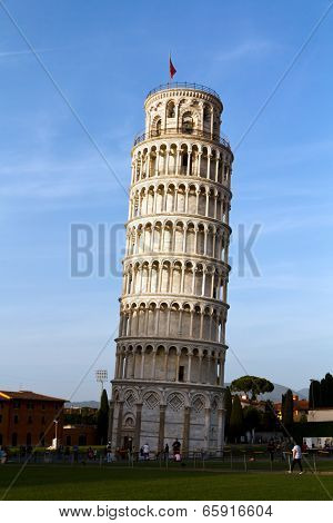 Leaning Tower of Pisa in Tuscany , Italy