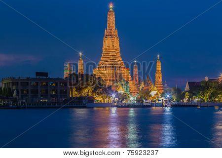 Twilight view of Wat Arun Temple