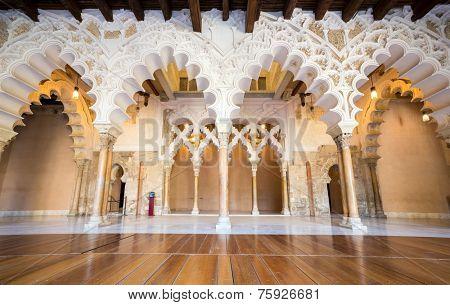 SARAGOSSA, SPAIN - JUN 8: Corridor of Aljaferia alcazar of Saragossa Spain on June 8, 2014. Aljaferia alcazar is one of the best preserved Moorish palaces in city Saragossa.