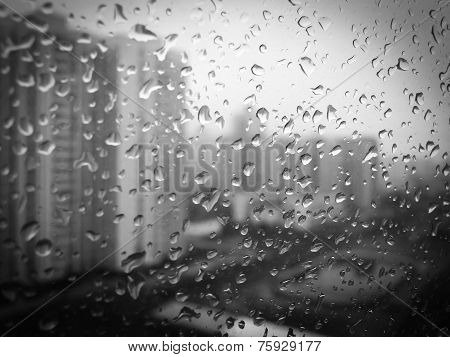 Raindrops on the window BW 001