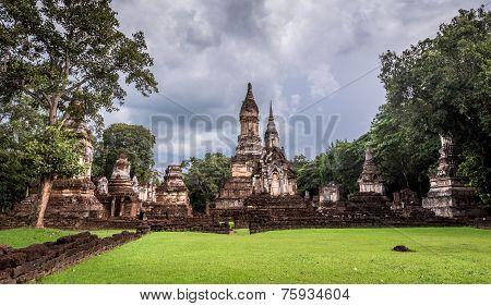 The 7 Rows Chedi Temple Si satchanalai historical park,Sukhothai