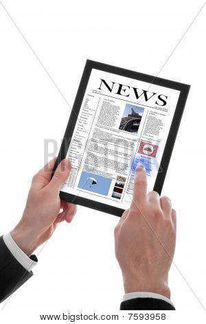 Hombre mano sosteniendo un periódico Touchpad Pc mostrando A