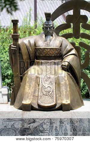 Chinese emperor Statue