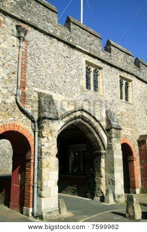 St Swithun Kingsgate Winchester
