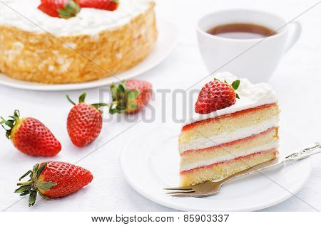 Cake With Cream And Strawberries