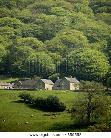 england derbyshire peak district national park matlock