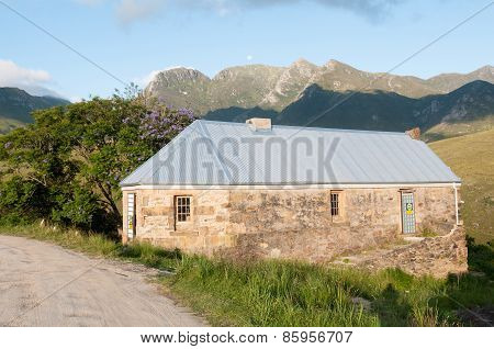 Historic Tollhouse In The Montagu Pass