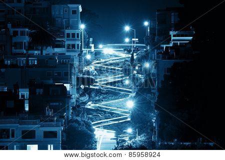 San Francisco Lombard Street at night