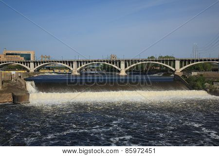 Saint Anthony Falls - Minneapolis
