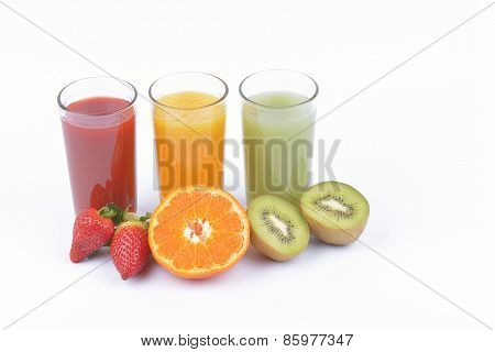 Fresh  Juices With Sliced Fruits