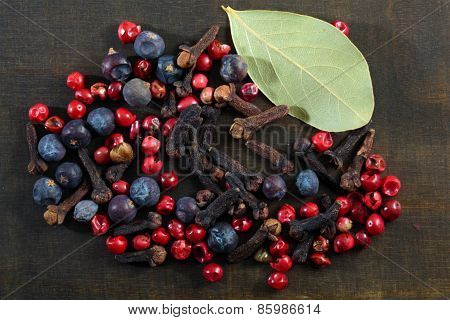 Different spice berries.