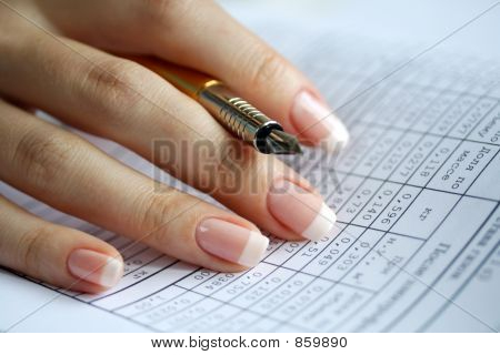 Holder  In A Female Hand, Table Of Data, Statistics