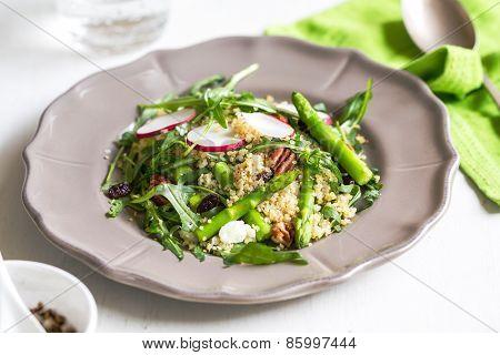 Ouinoa With Asparagus And Feta Salad