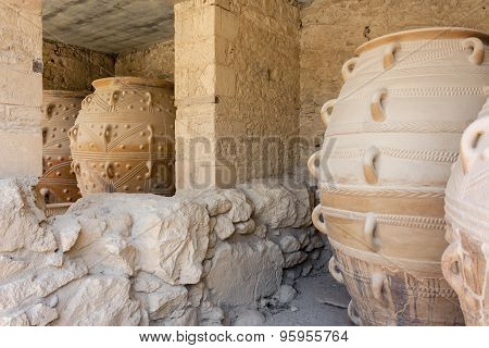 Clay jars at Knossos palace