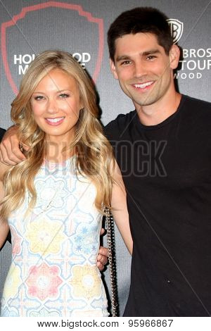 LOS ANGELES - JUL 14:  Melissa Ordway, Justin Gaston at the Warner Bros. Studio Tour Hollywood Expansion Official Unveiling at the Warner Brothers Studio on July 14, 2015 in Burbank, CA