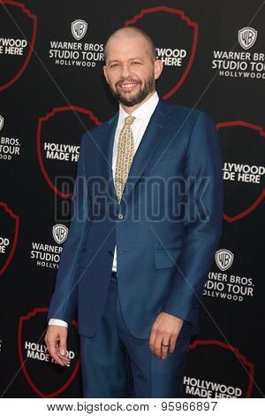 LOS ANGELES - JUL 14:  Jon Cryer at the Warner Bros. Studio Tour Hollywood Expansion Official Unveiling, Stage 48: Script To Screen at the Warner Brothers Studio on July 14, 2015 in Burbank, CA
