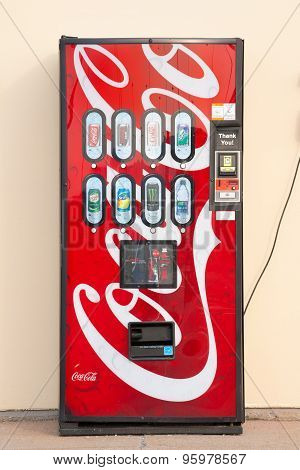 Coca-cola Soft Drink Vending Machine