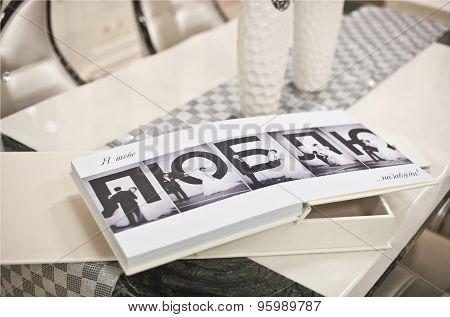 White Classic Wedding Book And Album