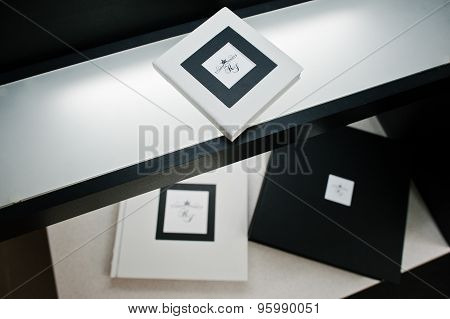 Black And White Style Wedding Photo Book And Album
