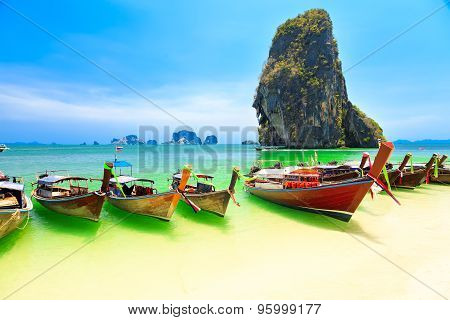 Longboats on Railay beach