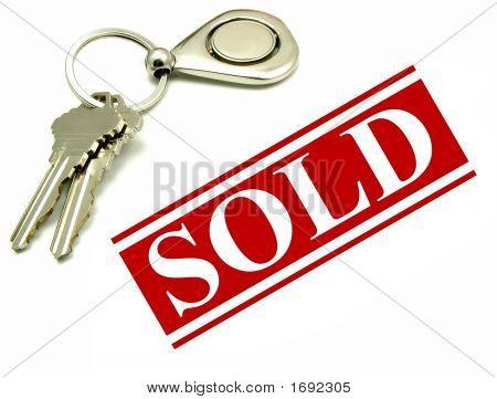 Hausschlüssel und verkauften Zeichen