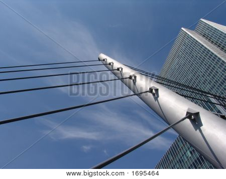 Canary Wharf Suspension Footbridge In London