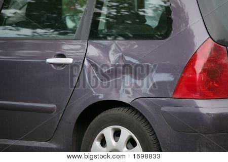 verbeult Auto