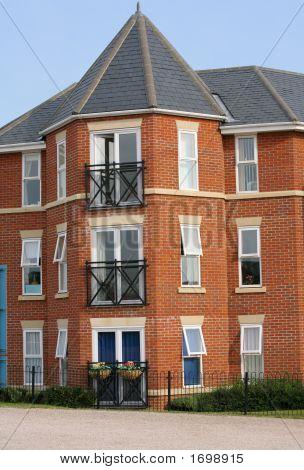 Modern Apartment Housing