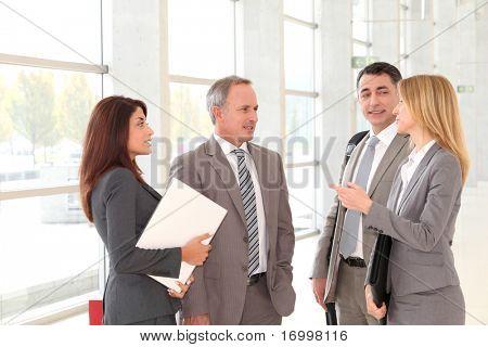 Empresarios reunidos en el Palacio de congresos