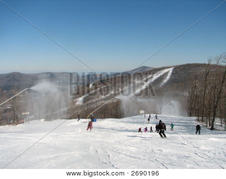 Windham_Snow_Guns