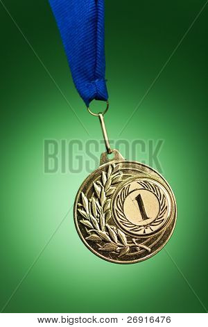 gold medal on green