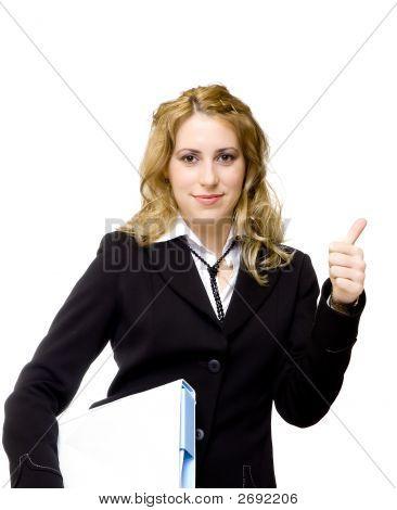 Attraktive geschäftsfrau mit Daumen nach oben zeigen, alles ist Ok